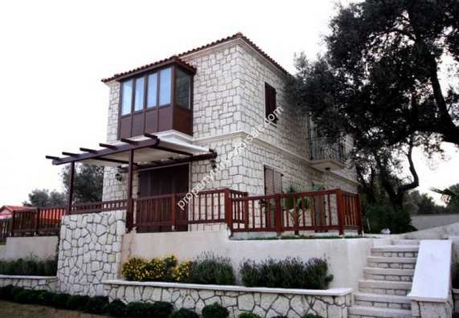 Authentic Alacati Villa with Private Pool 3 Bedrooms