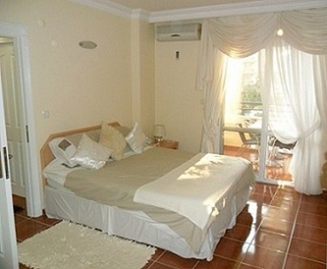 Fully Furnished Apartment Near Amenities 2 Bedrooms