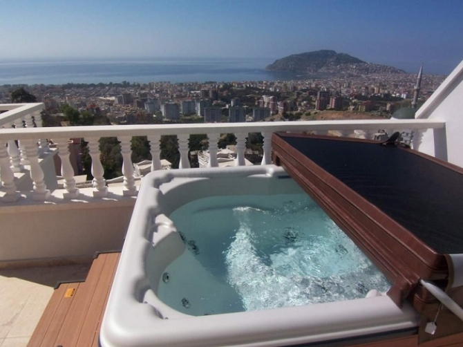 Jacuzzi on your terrace now this is WOW!