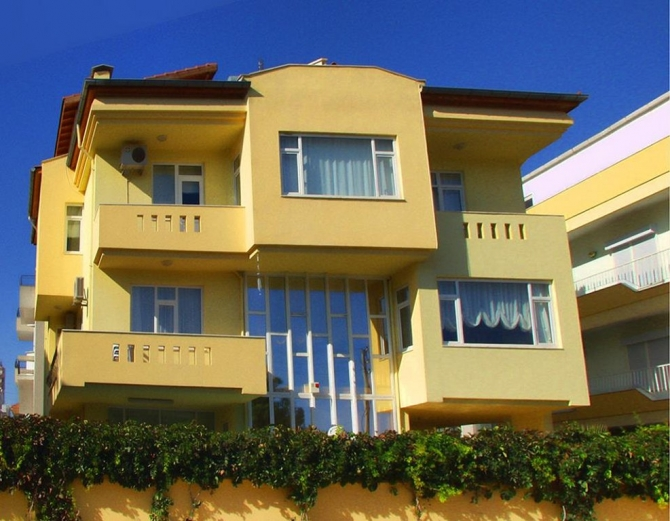 Spacious 3 floor Villa for sale in Lara Antalya