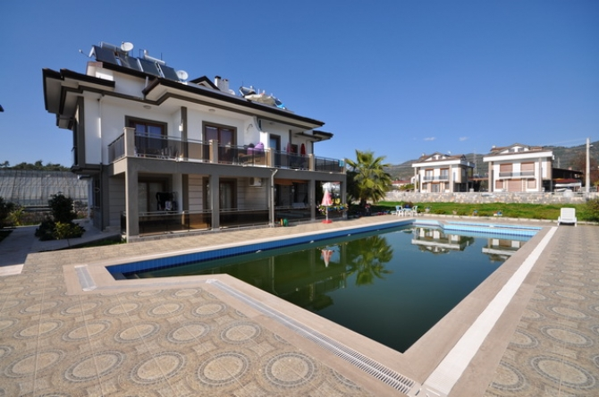Bargain Ground Floor Apartment With Swimming Pool, Ciftlik