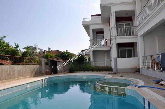 Bargain Calis Apartment with 2 Bedroom