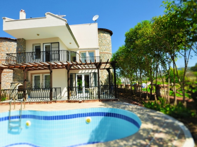 Fully Furnished Lovely Villa in Calis For Sale 3 Bedrooms