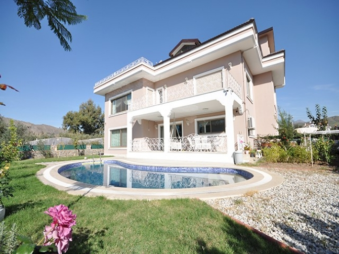 Luxury Calis Villa with 6 Spacious Bedrooms