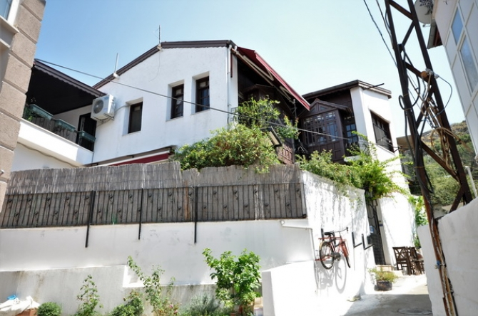 Traditional Turkish Village House in Fethiye Center For Sale