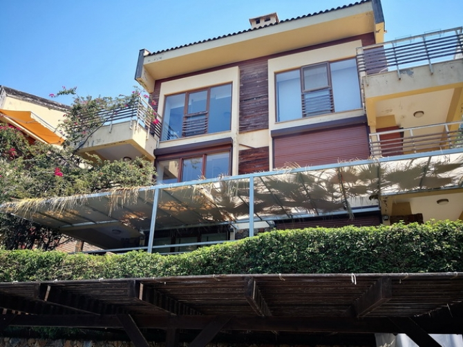 2 Bedroom Aparment with Sea View in Gocek