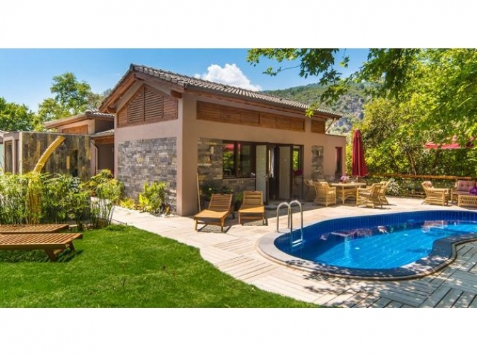 Exclusive Luxury Bungalow in Traditional Inlice Fethiye