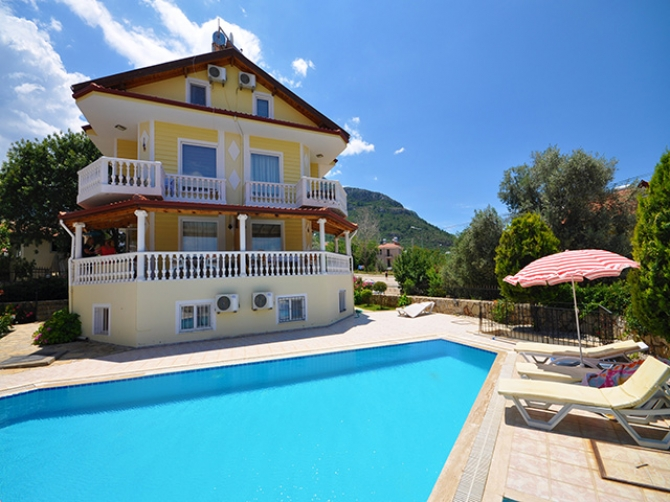 Great Price for Fully Furnished Duplex Apartment in Ovacik