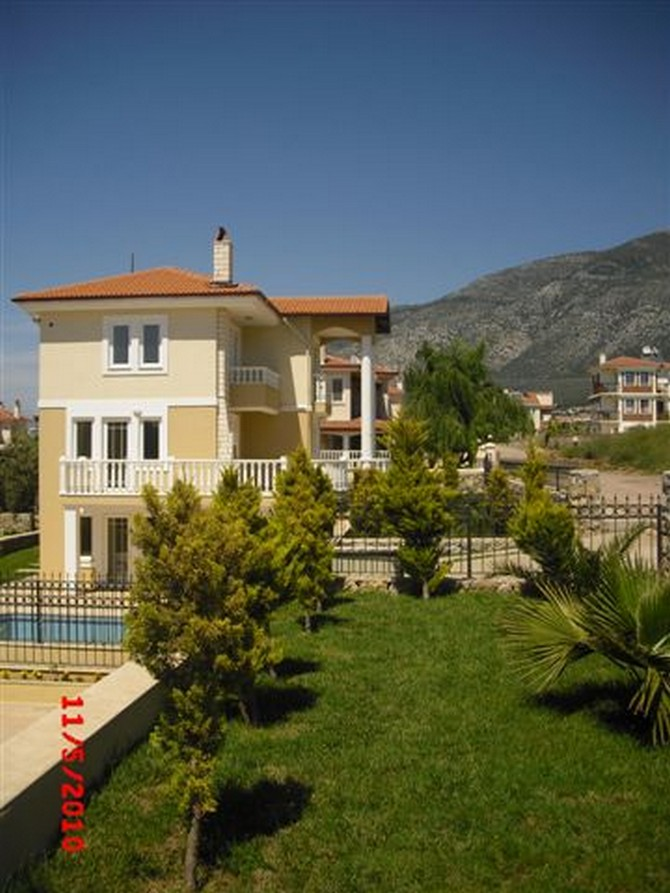 Exterior of Villa with Mountain View