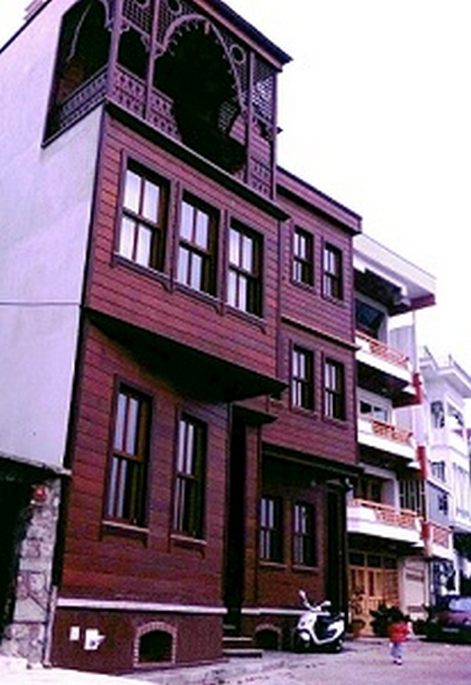 Historic istanbul bosphorus mansion 9 bedrooms for sale for European mansions for sale