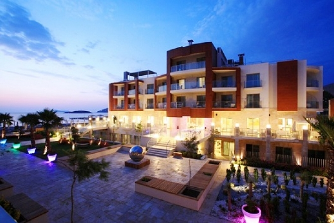 Bodrum Kadikalesi Beachfront Apartment