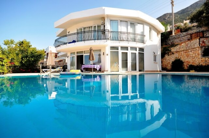 Detached villa in Kalkan with beautiful sea view fully furni