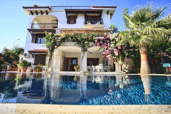 Prestigious Kalkan Villa Large Pool 4 Bedrooms for sale