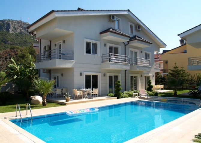 Villa in exclusive project in the center of Kemer