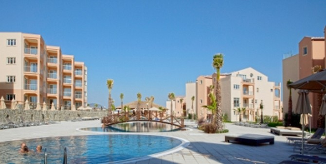 Kusadasi Golf & Spa Resort, Communal Pool