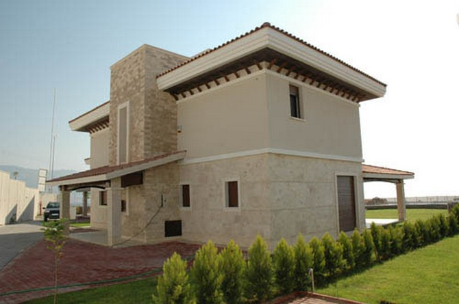 Kusadasi Villa with Excellent Facilities and Features