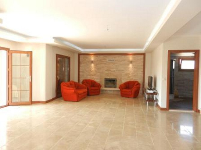 Villa for sale in Kusadasi With spacious lounge