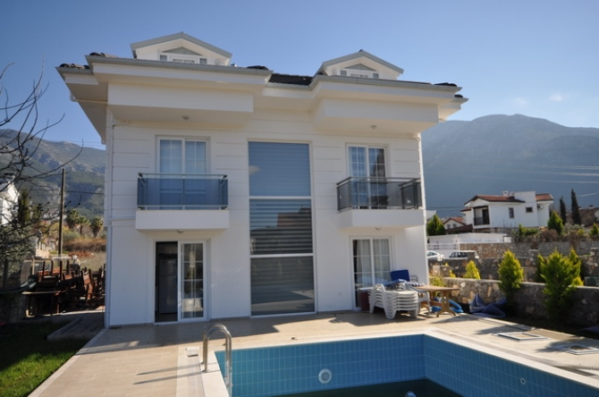4 Bedroom Detached Villa in Ovacik