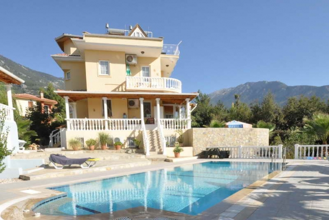 Large Fully Furnished 4 Bedroom Apartment in Ovacik Fethiye