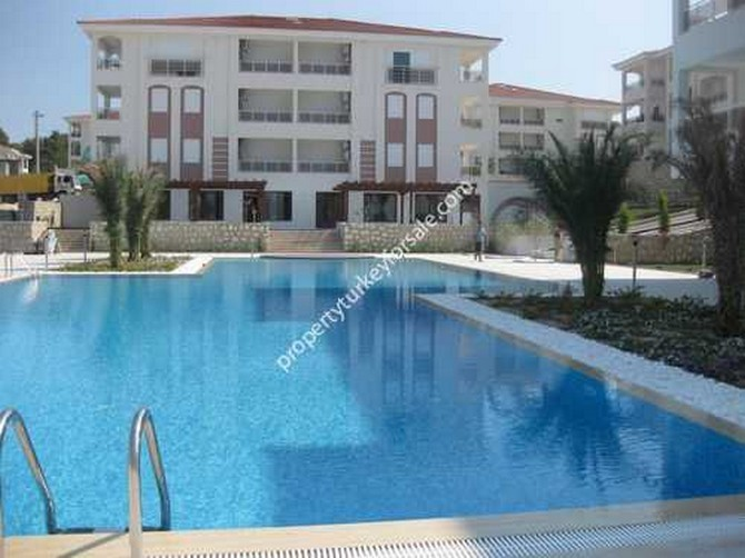 Side Apartment Infinity Pool And Large Garden 3 Bedrooms