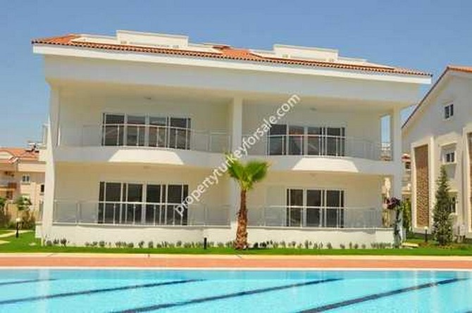 Duplex Side Apartments with Large Pool 4 Bedrooms (SOLD)