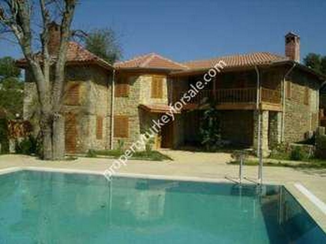 Side Stone House with swimming pool 5 Bedrooms