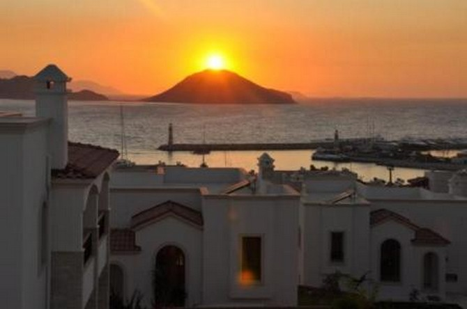 Stunning Sunset View Villa in Bodrum Turgutreis