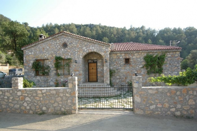 Beautiful Bungalow Built in Local Stone Uzumlu Fethiye