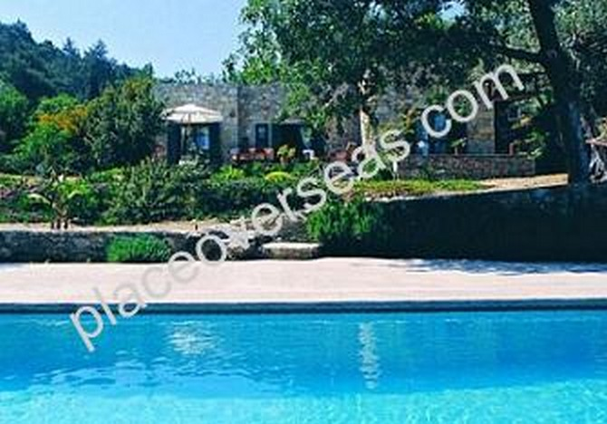2 Villas in Yalikavak Gokcebel with 2 Pools on Large Private Plot