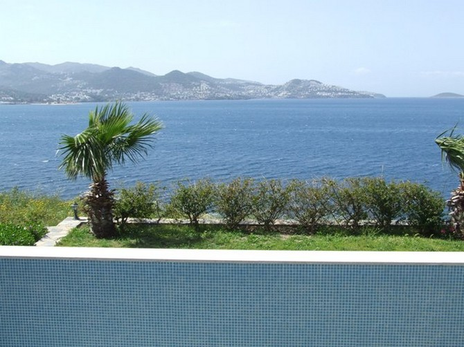 Beachfront Villa in Yalikavak Bodrum