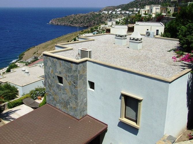 Spacious Beach front Villa in Yalikavak