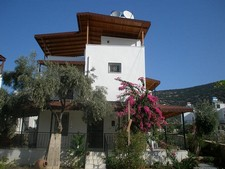 Traditional Akbuk Villa Fully Furnished 2 Bedrooms
