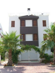 Villa for sale in Konyaalti with Private Pool 7 Bedrooms