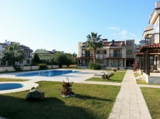 Bargain 3 bedroom Apartment For Sale in Calis