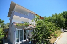 Koca Calis semi-detached villa by the sea