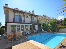 Large Semi Detached Villa with Sea Views