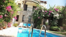 4 Bedroom Semi Detached Villa with Swimming Pool in Calis