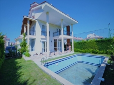 Spacious 4 Bedroom Detached Villa