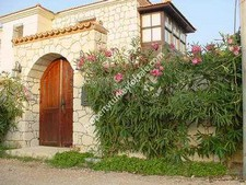Magnificant Cesme Stone House 4 Bedrooms