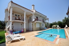 3 Bedroom Duplex Apartment for Sale with Shared Pool