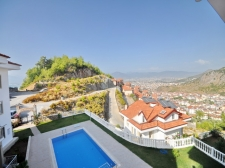 Spacious 4 Bedroom Apartment in Fethiye Town With Sea View