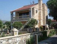 Beachfront Foca Villa Prime Location 4 Bedrooms