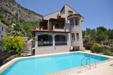 Unbelievable Price for a Detached Five Bedroom Villa