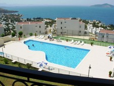 Superb 2 Bedroom 2 Bathroom Apartment with Stunning Seaviews 