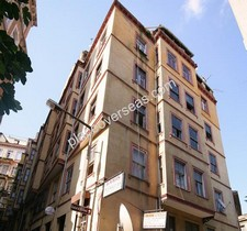 Prime Location Building in Beyoglu 40 Rooms