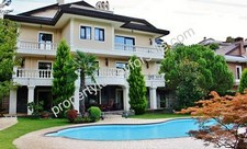 Villa in Istanbul for sale Prime Location 6 Bedrooms