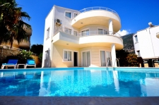 Spacious 3 Bedroom Villa with self- contained flat in Kalkan
