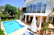 Stylish 3 Bedroom Kalkan Villa with Self Contained Apartment