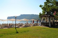 Land for sale in Kemer city center within 200m to beach