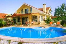 Kemer Villa with Huge Pool and Lovely Garden 4 Bedrooms for sale
